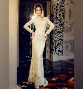 Золотое вечернее платье
