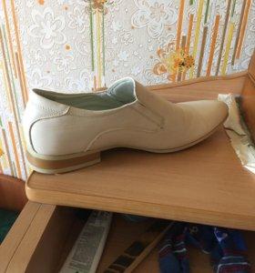 Мужская обувь 41размера