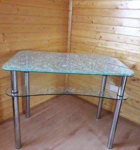 Продам стеклянный трёх секционный стол