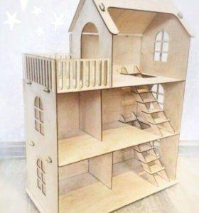 Кукольный деревянный домик