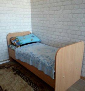 Подростковая кровать.