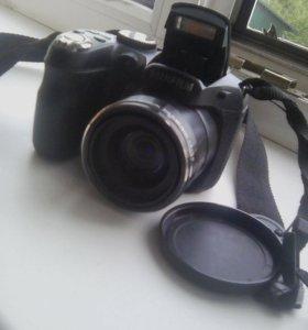Полупрофессиональный фотоаппарат Fujifilm Lens 18x