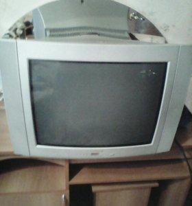 Телевизор Томсон в рабочем состоянии,с документами