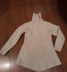 Удлененный свитер теплый 42-44 размер