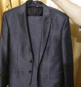 Пиджак мужской и брюки