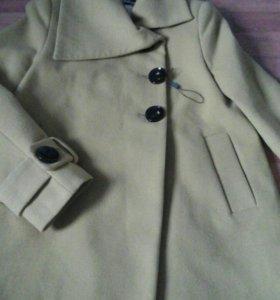 пальто новое 48 размер