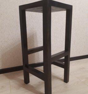 Барный стул из дерева в стиле Loft.