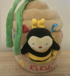 Музыкальная игрушка Пчелка в улье