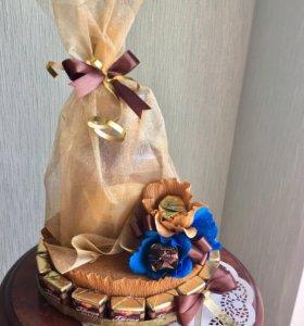 Сладкий подарок букет из конфет для мужчины торт