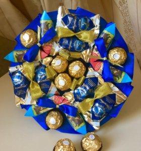 Букет из конфет сладкий подарок мужчине