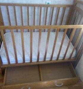 Продам детскую кровать- маятник, с блокировкой
