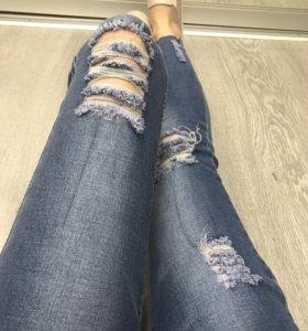 Новые джинсы, размер 25 и 26