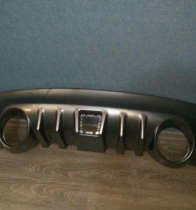 Накладка на задний бампер диффузор Infiniti Fx Qx7