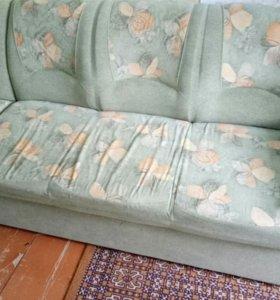диван угловой продам