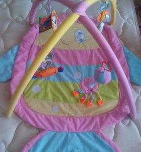 Развивающийся детский коврик.