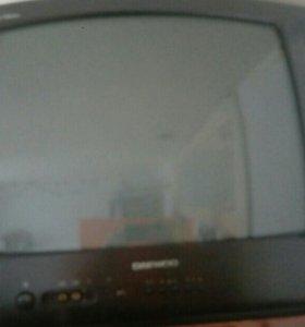 Продам 2 телевизора на запчасти