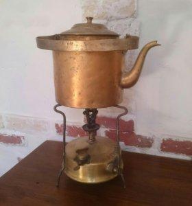 Чайник с примусом