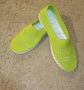 Вязаная летняя обувь