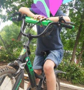 Продам велосипед 16 размер колес