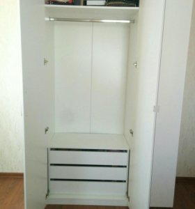 """Шкаф трехдверный """"Венеция"""" со встроенным комодом"""