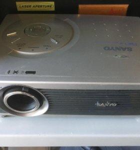Проектор Sanyo plc-sw30