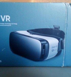 Очки виртуальной реальности Ssmsung Gear VR