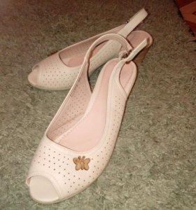 Летняя обувь,  38-39