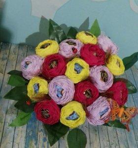 Оригинальные букеты с конфетами