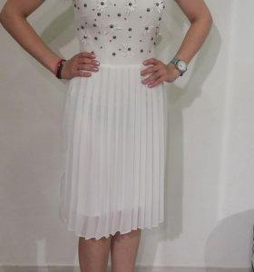 Платье на выпускной, свадьбу, вечернее 42 размер