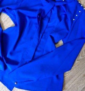 Блузка рубашка синяя