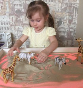 Световой планшет- стол для рисования песком.