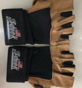 Перчатки для пауэрлифтинга Schiek рS