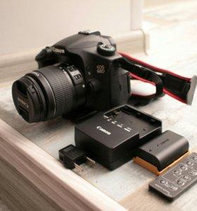 Canon 60d с объективом 18-55мм