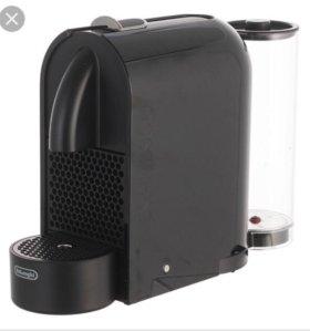 Кофемашина капсульная Delonghi EN 110.B