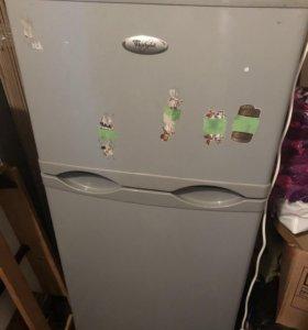 холодильник б/у в отл состоянии