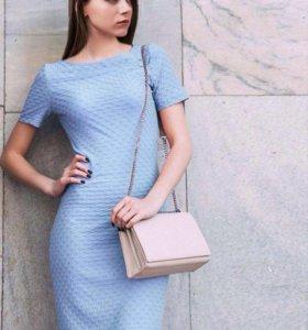 Продам платье новое р-р 44-46