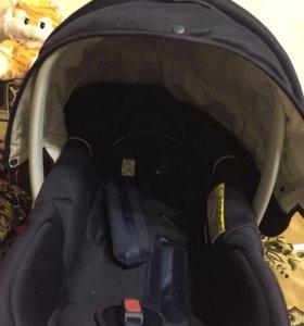 Прогулочная коляска,и авто кресло для новорождённы