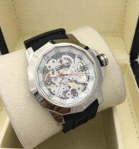 Часы наручные мужские Corum