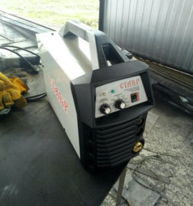 Полуавтомат инверторный Ставр САУ-180
