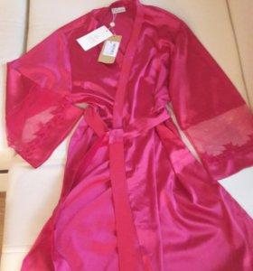 Новый халат, красный, малиновый, гипюр