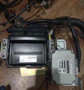 Блок управления двигателя Primera P12 с проводкой