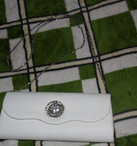 Белый клатч