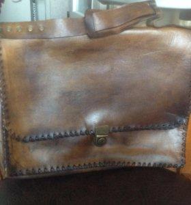 Новый кожаный мужской портфель ручной работы.