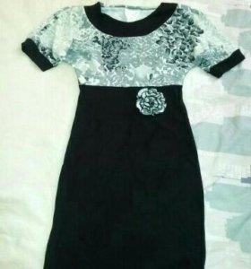 Новые два платья 44