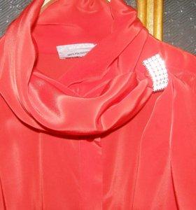 Блузка праздничная красивая,новая