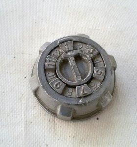 ВАЗ Кодовая крышка бензобака (обмен)
