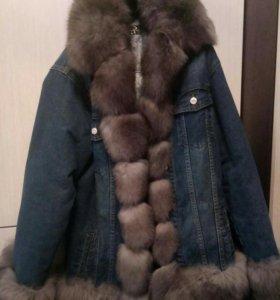 Джинсовая куртка с мехом песца, джинсовка