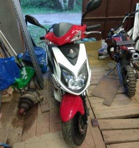скутер SYM JET 4 125cc
