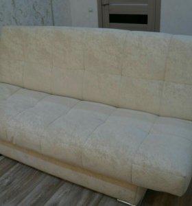 Продаю новый диван