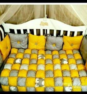 Бортики в кроватку, одеяло бон бон.На заказ